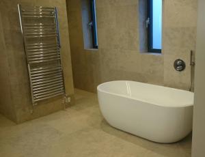 manchester bathroom tiler